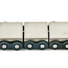 Łańcuch rolkowy dwurzędowy z mostkiem metalowym